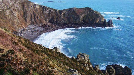 À la pointe du Cotentin, le nez de Jobourg